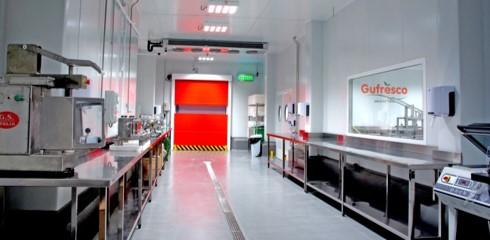 Salas blancas destinadas al procesado de fruta de IV Gama | GUFRESCO
